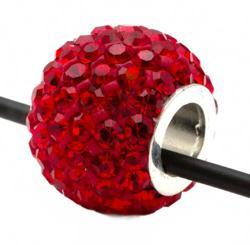 Подвеска с красными кристаллами (шарик со сквозным отверстием)